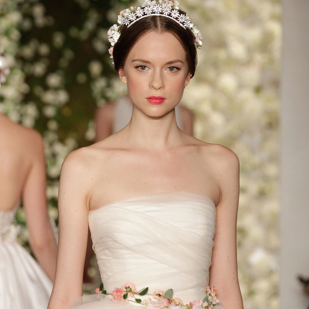 Bride Gowns 2015: 6 Unexpected Wedding Dress Trends 2015