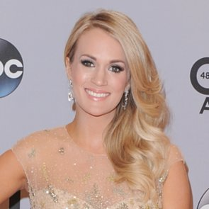 Carrie Underwood Makeup and Hair at the CMA Awards 2014