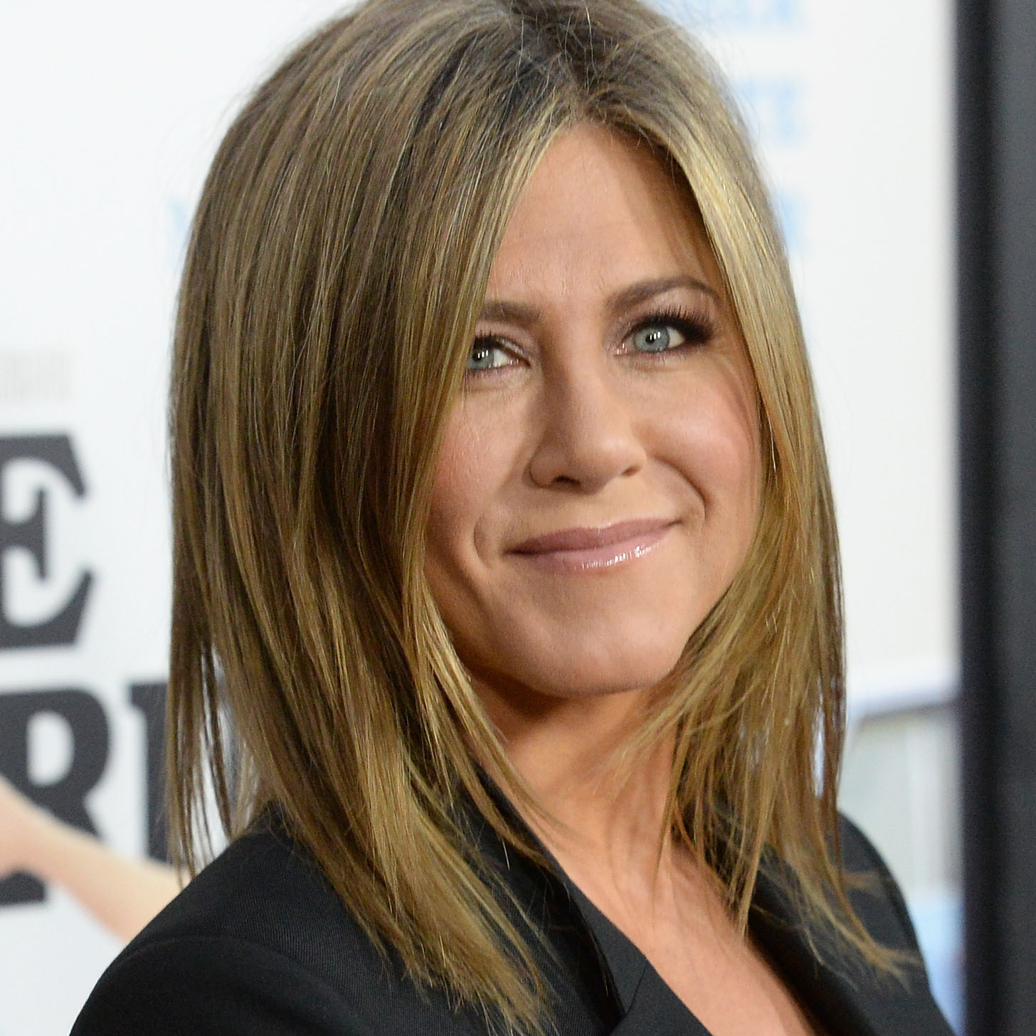 Jennifer Aniston Without Makeup in Cake | POPSUGAR Celebrity Jennifer Aniston
