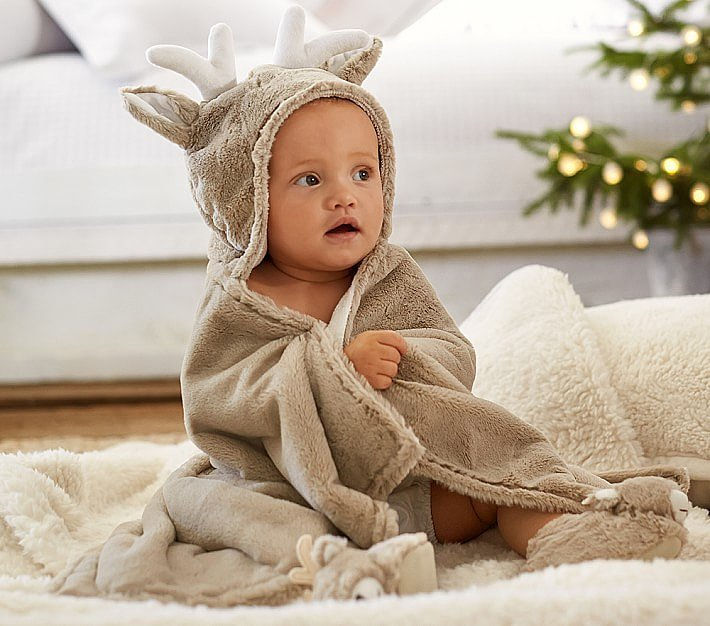 For 1-Year-Olds: Pottery Barn Kids Reindeer Critter Bath Warp