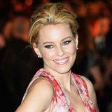 Elizabeth Banks at the 2014 Mockingjay Premiere