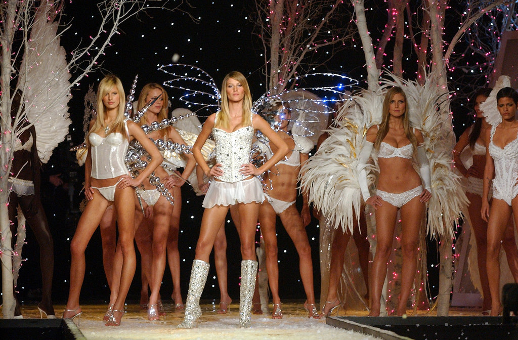 Karolina Kurkova, Gisele and Heidi Klum pose for the finale in 2001.