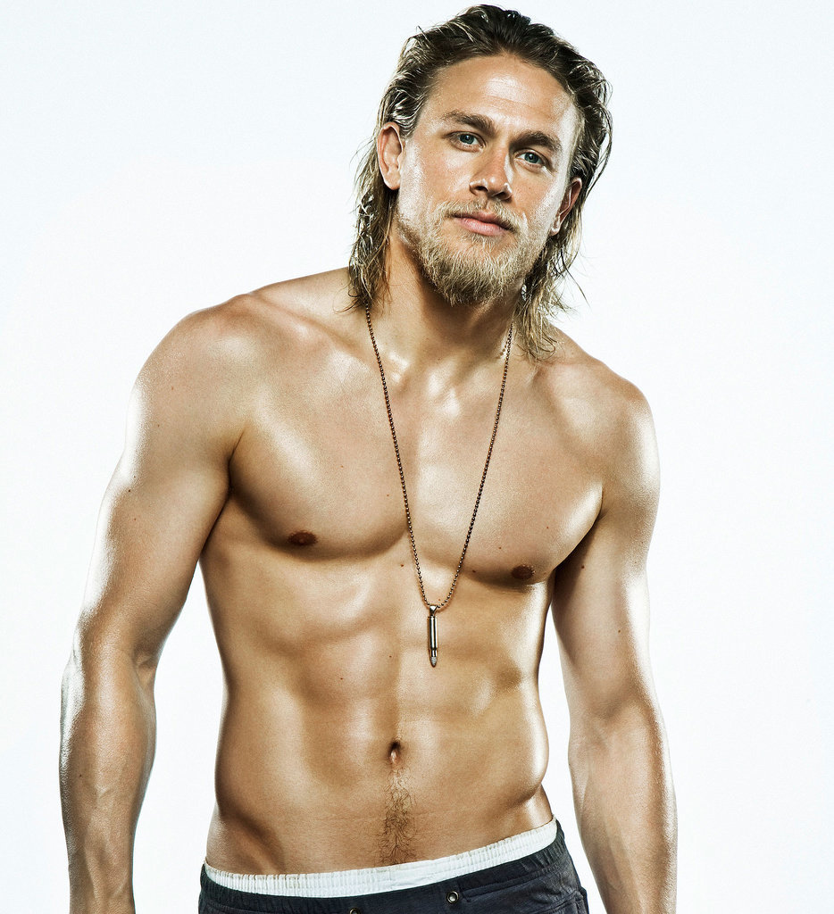 Charlie Hunnam earned a unknown million dollar salary, leaving the net worth at 8 million in 2017