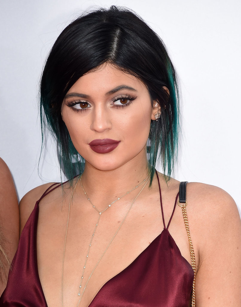 KYLIE JENNERs Makeup at the 2014 American Music Awards | POPSUGAR.