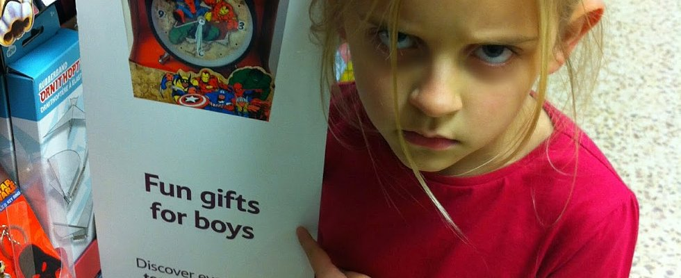 This Girl Took Down Gendered Toy Marketing With 1 Look of Disgust