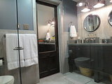 See the Clever Tricks That Opened Up This Master Bathroom (10 photos)