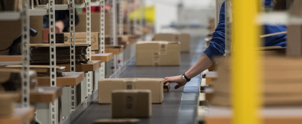 How Does Amazon Make It Through the Holidays? Robots, Obviously
