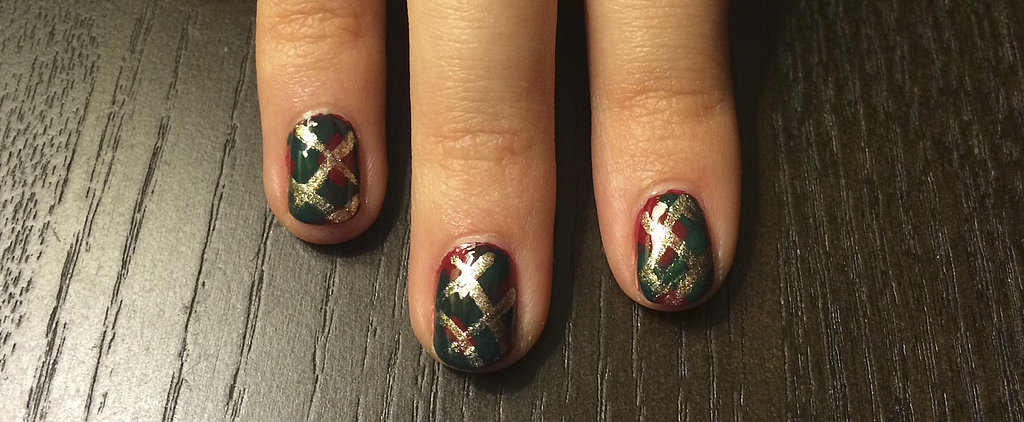 You're Going to Be Mad For This Plaid Holiday Nail Art Design