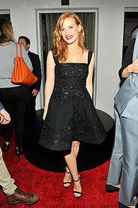 Jessica-Chastain-showed-off-her-dress-W-event