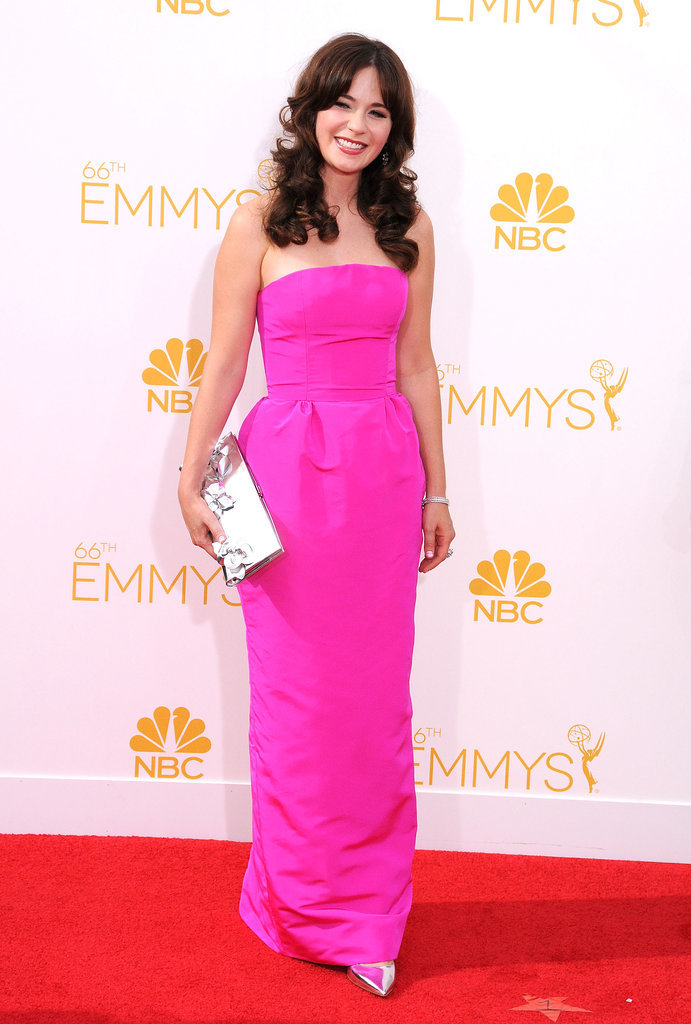 This structured, pink Oscar de la Renta gown definitely made the actress stand out in the crowd.