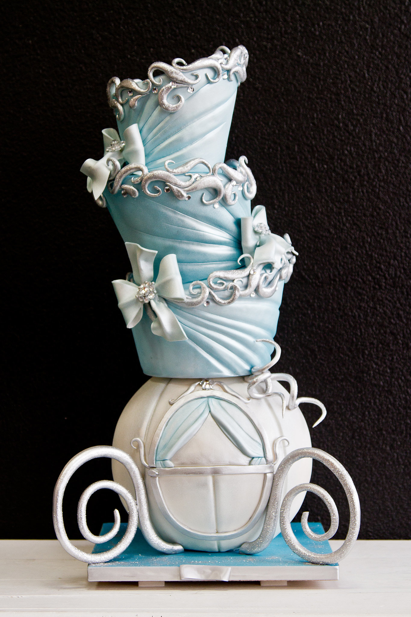 Cinderella Wedding Cakes That Channel Your Inner Disney Princess POPSUGAR