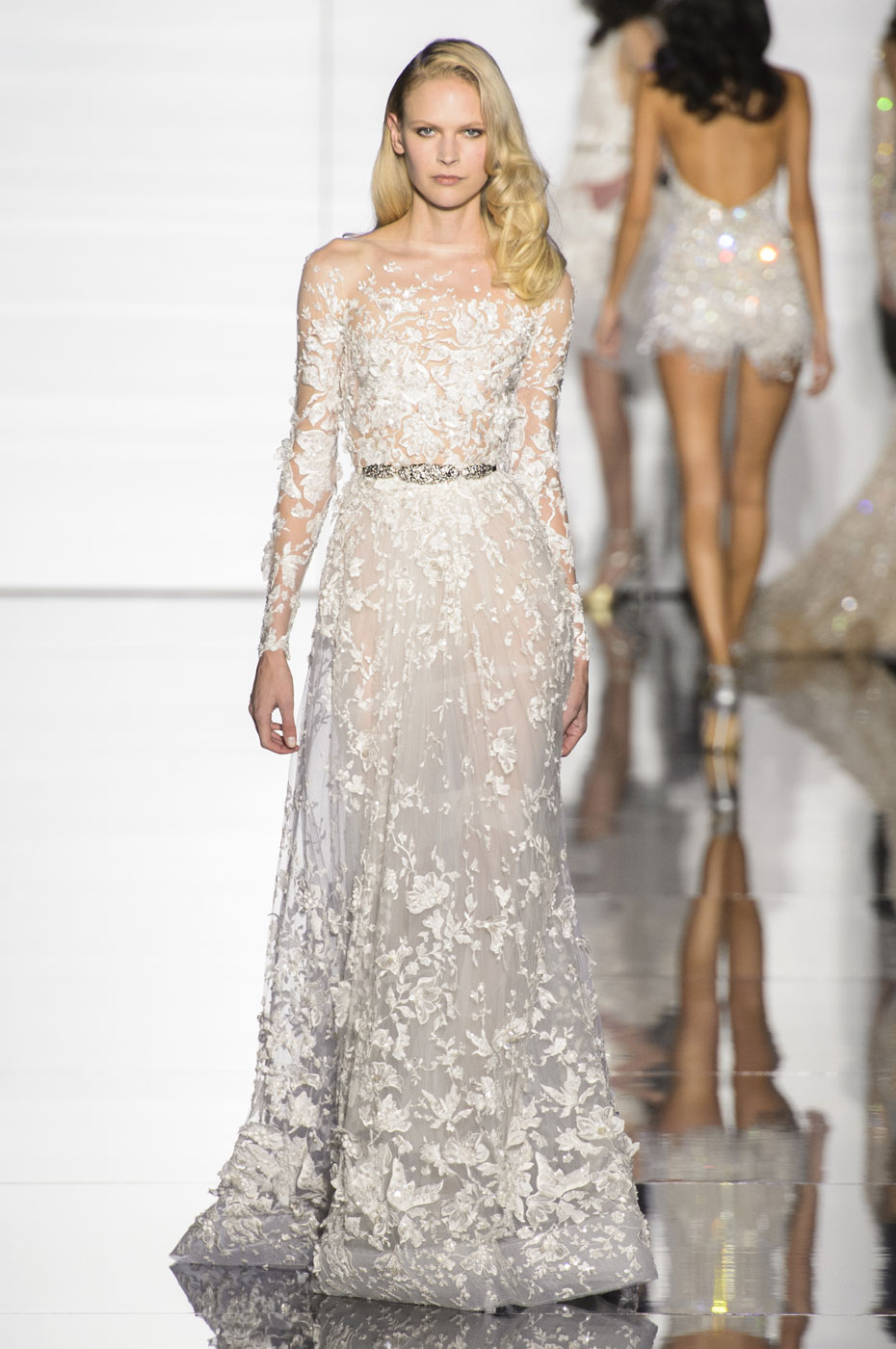 Zuhair murad haute couture spring 2015 33 couture looks for Haute couture 2015