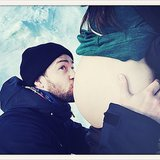 Justin Timberlake and Pregnant Jessica Biel Baby Bump Photo
