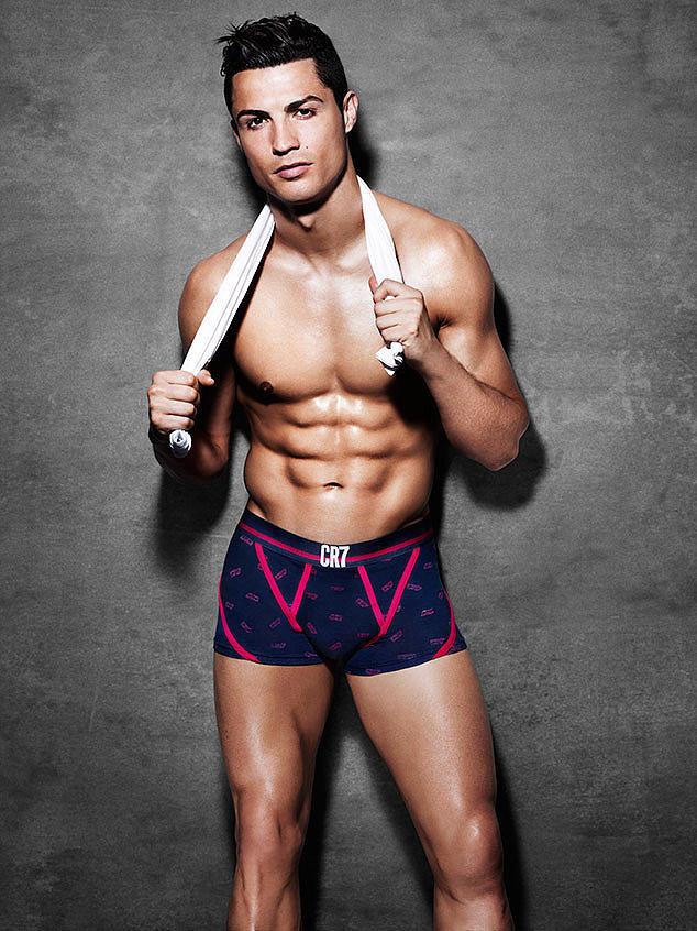 Hot Cristiano Ronaldo Pictures POPSUGAR Celebrity
