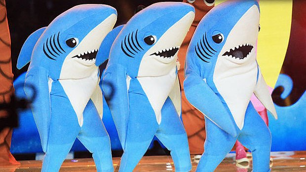 Wut: The Left Shark Costume Campaign Is Going Absolutely Viral