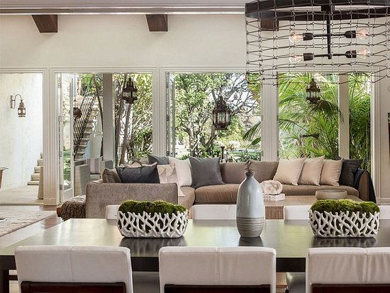 Step Inside Tobey Maguire's Enviable LA Pad