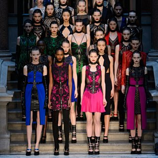Julien Macdonald AW15 London Fashion Week Show | Photos