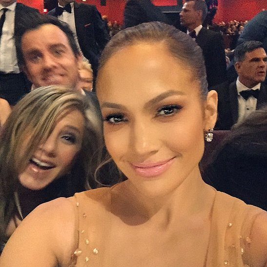It's J. Lo and J. An! Jennifer Aniston and Justin Theroux got in Jennifer Lopez's Oscars selfie.