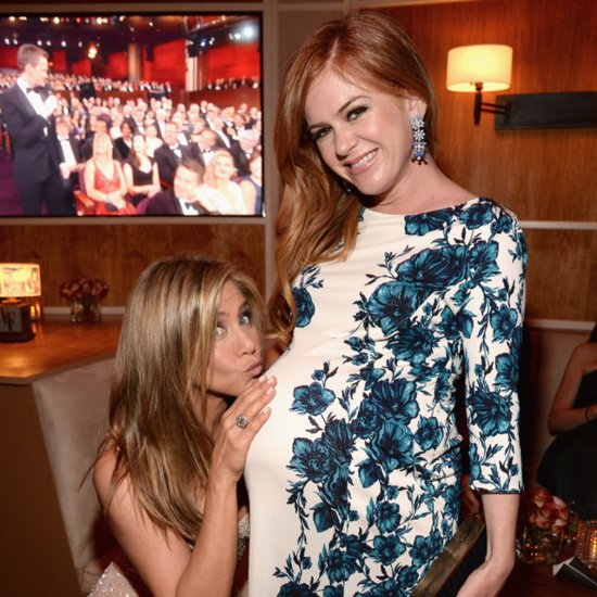 Jennifer Aniston With Pregnant Isla Fisher at 2015 Oscars
