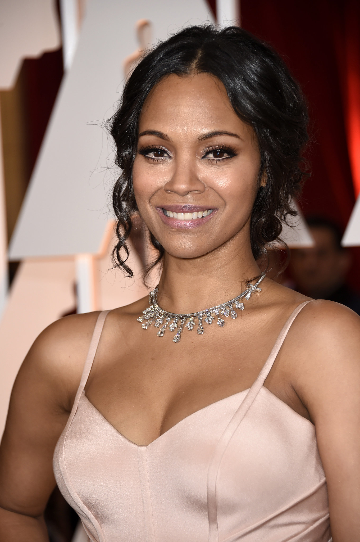 Zoe Saldana , the new mum, glowed on the red carpet with neutral toned ...