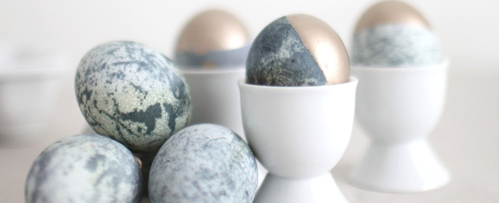 Make Marbled Easter Eggs With 1 Secret Ingredient