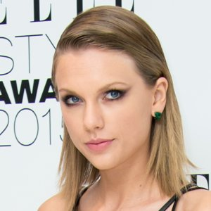Why Taylor Swift Bought Porn Domain Names