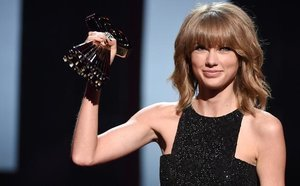 From EW: See All the Winners from the iHeartRadio Music Awards!