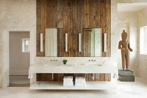 How to Bring the Beauty of Reclaimed Wood to the Bath (13 photos)