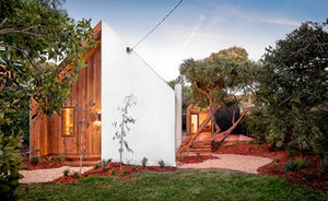 Houzz Tour: Compact Beach House With Room to Grow (17 photos)