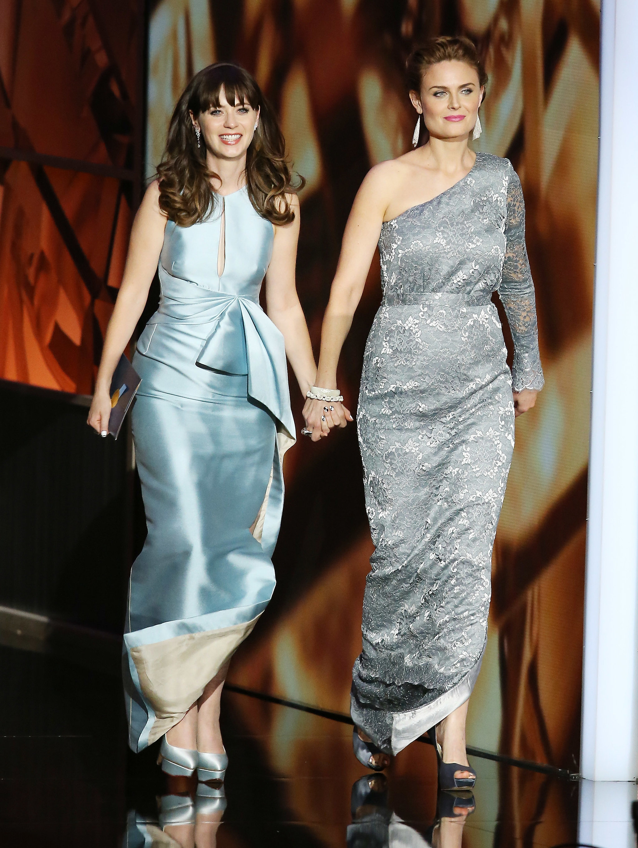 Emily and Zooey Deschanel | The Cutest Celebrity Siblings ...