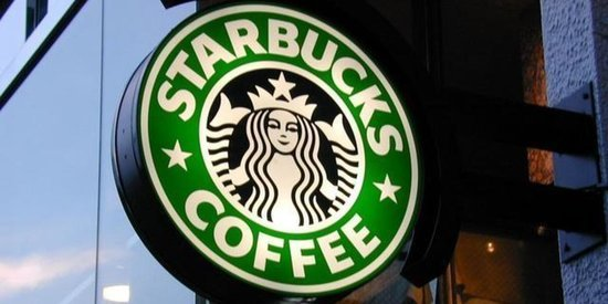 Starbucks To Release New Dannon Smoothies, Hummus And Chicken Wraps