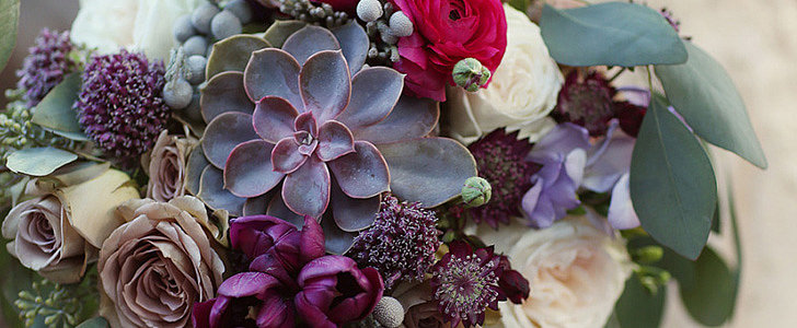 A Seasonal Guide to Gorgeous Wedding Flowers