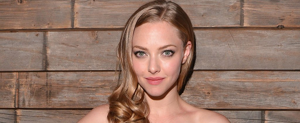 Amanda Seyfried Served Cookies to Passengers on a Flight