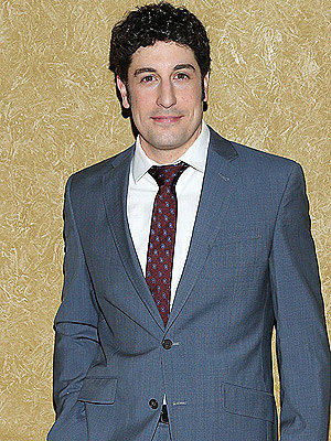 Find Out the Hilarious Way Jason Biggs' Son Learned to Walk