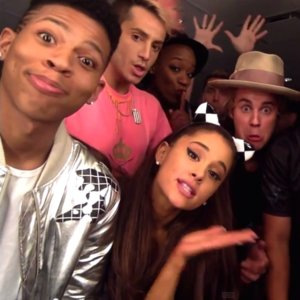 "Justin Bieber Ariana Grande ""I Really Like You"" Lip Sync"