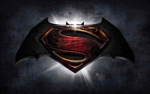 Batman vs Superman trailer leaks early