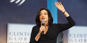 Sheryl Sandberg Is On Team Hillary