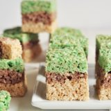 These Minecraft Rice Krispies Treats Are Perfect For Creepers and Zombies