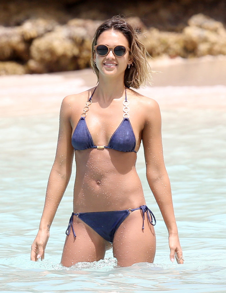 Jessica put her enviable bikini body on display as she spent a day on the beach in the Caribbean in April 2015.
