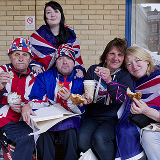 Will and Kate Send Breakfast to Fans Outside Hospital 2015