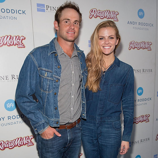 Brooklyn Decker Is Pregnant 2015