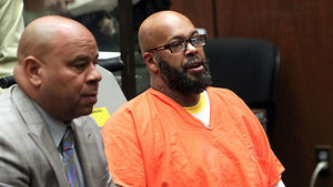Will Floyd Mayweather Use His Winnings to Pay Suge Knight's Bail?