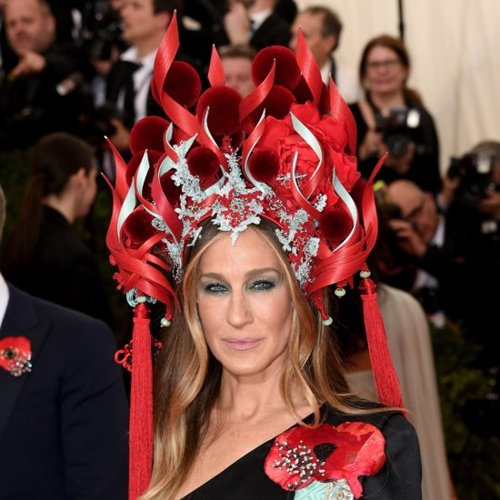 What Does SJP's Extravagant Headpiece Remind You Of?