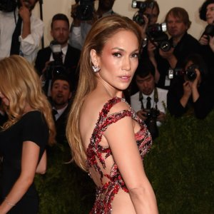 Jennifer Lopez Met Gala Red Carpet Style 2015