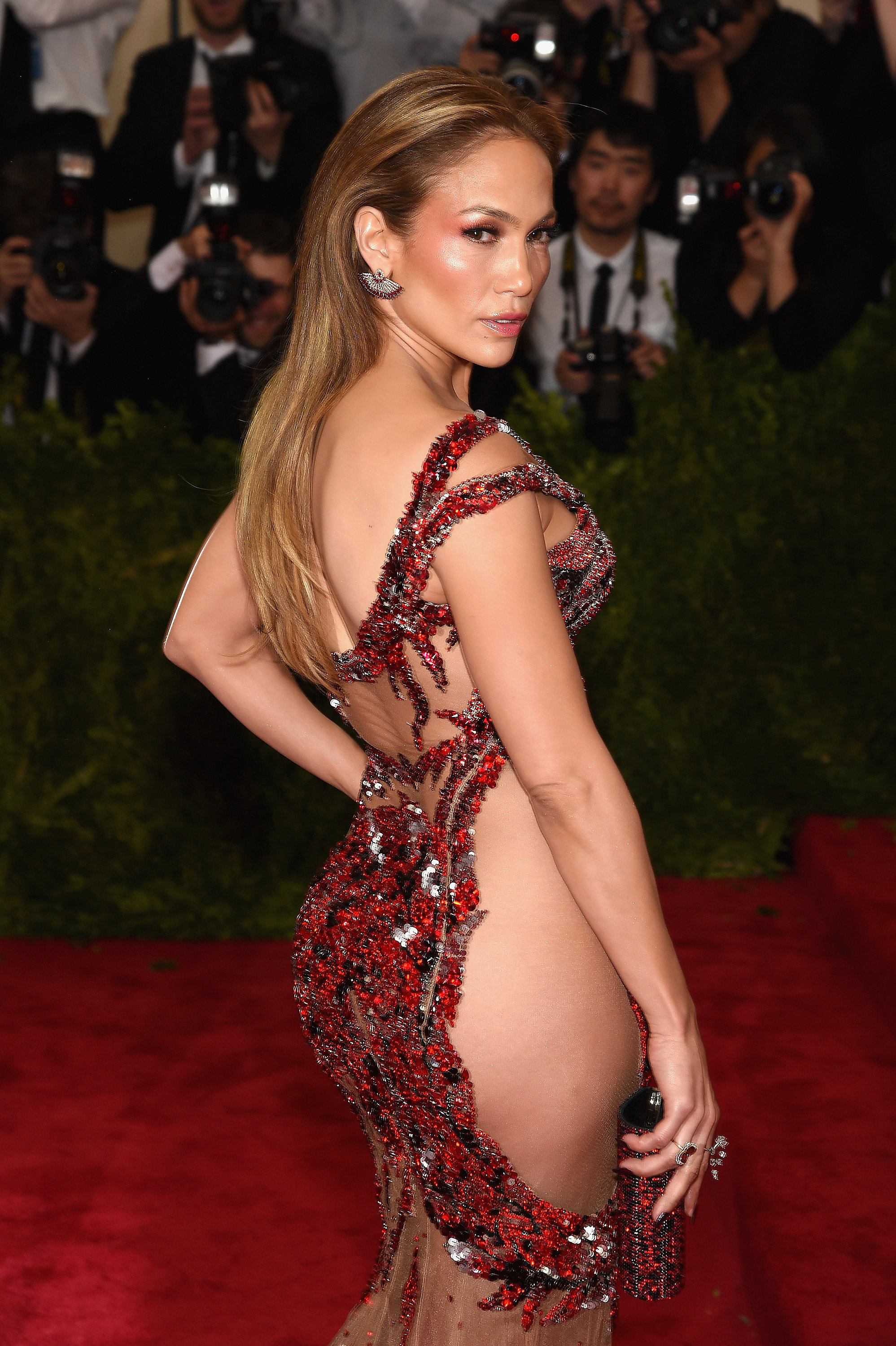 How to get a butt like j lo