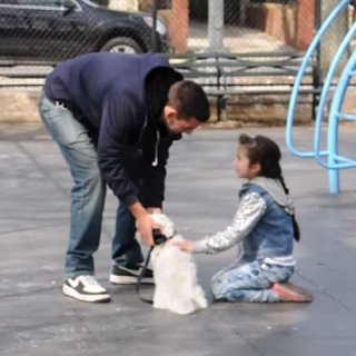 Man Abducts Kids on the Playground in Social Experiment