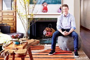 Gotham Star Ben McKenzie Lists His Hollywood Bachelor Pad
