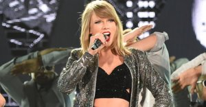 Taylor Swift's 1989 World Tour Outfits Are Here And They're Perfect