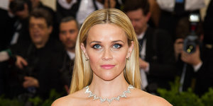Draper James: Reese Witherspoon's Fashion Line Launches