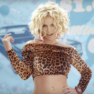 Britney Spears and Iggy Azalea Song Pretty Girls Video Clip